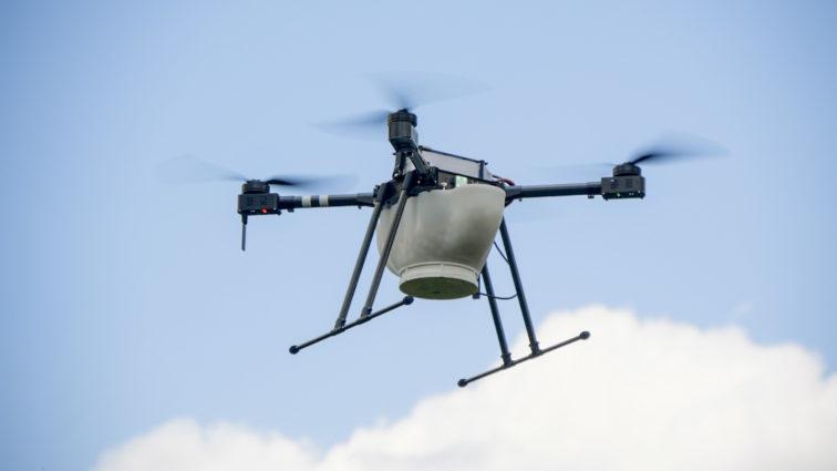Drone Agrica con distributore di capsule